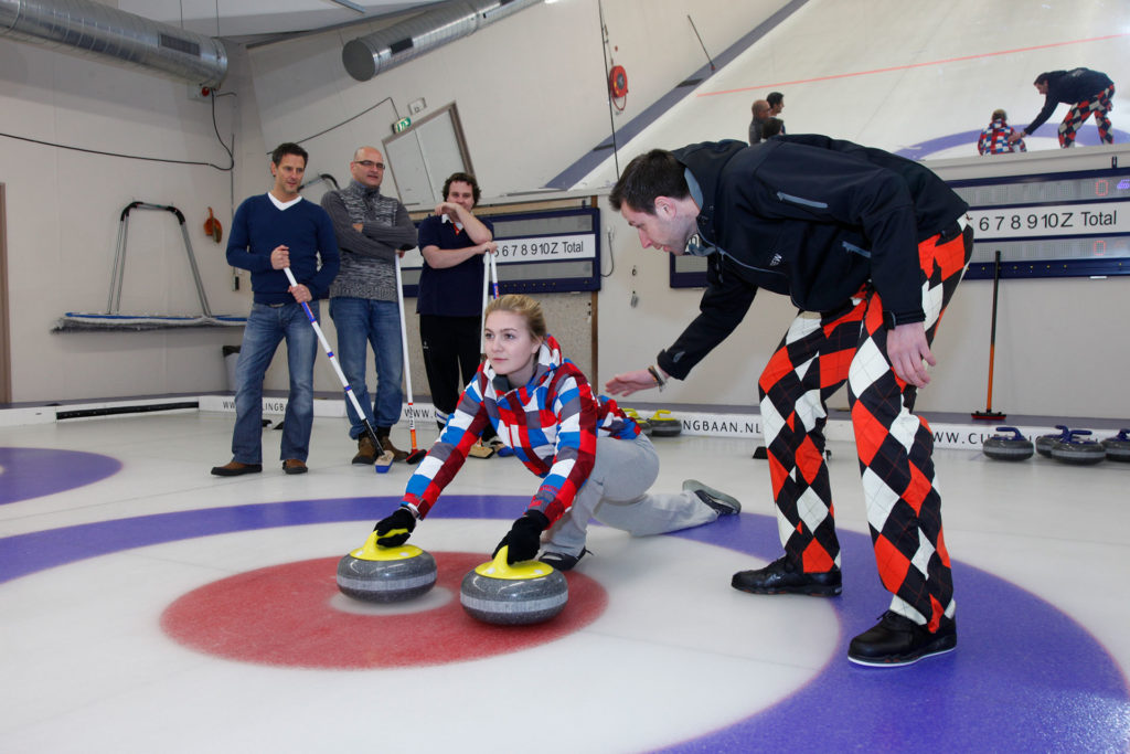 Curlingbaan Zoetermeer organiseert curlingclinics tot 6 personen